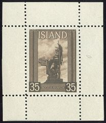 Leifr Eiricssons Day 1938, 35 (aur) ÍNGÓLFUR ARNARSON dark brown with full margins on all 4 sides, perforated. Halftone recess printing by Staatsdruckerei, Wien. As small single stamp sheet extremely rare.