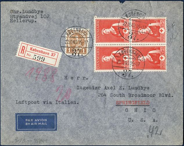 German censored registered airmail cover from Copenhagen to Springfield, USA October 22, 1940. At the beginning of the war and only for a very short time the air mail to the US were routed via Italy luftpost via Italien. A scarce item in a colour full condition.